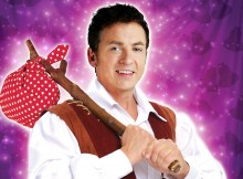 Shane Richie as Dick Whittington at Wycombe Swan