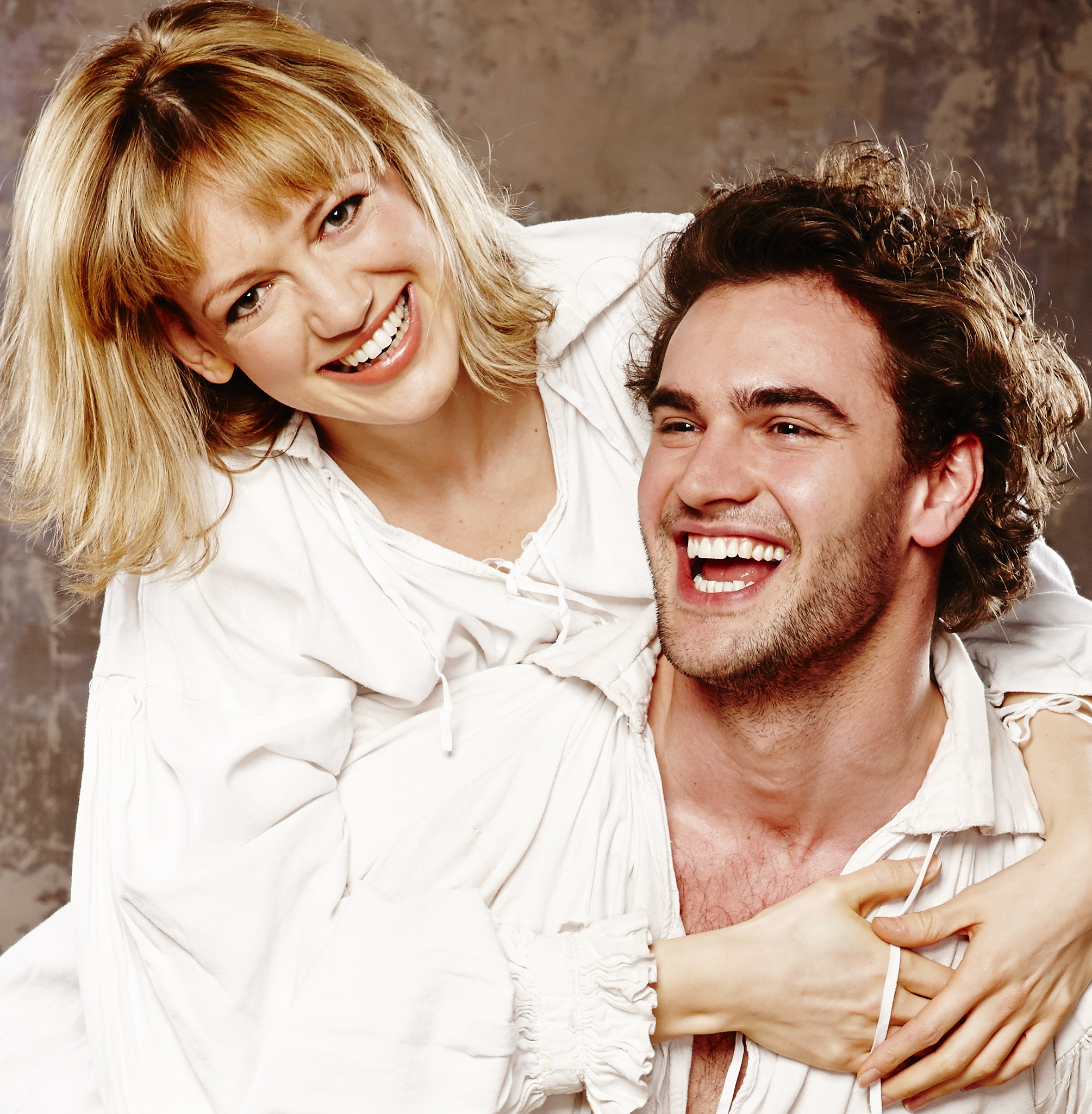 Lucy Briggs-Owen  and Tom Bateman in Shakespeare In Love