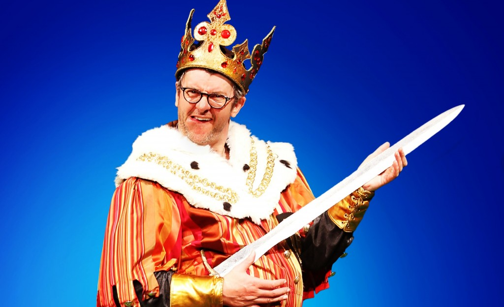JOE PASQUALE AS KING ARTHUR IN SPAMALOT