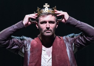 James McArdle as James I in \The James Plays. Images by Manuel Harlan.