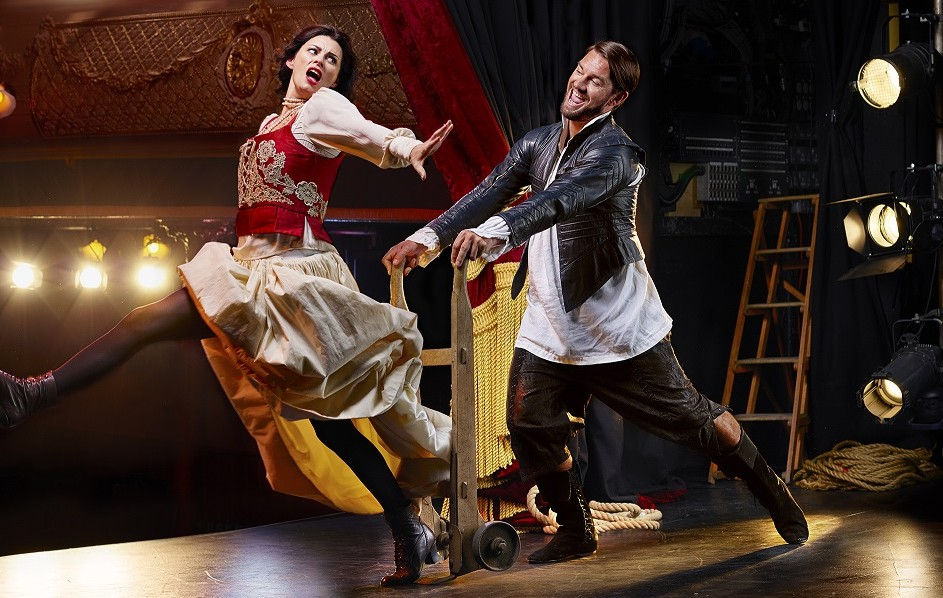 Opera North's Kiss Me Kate. Images Richard Moran