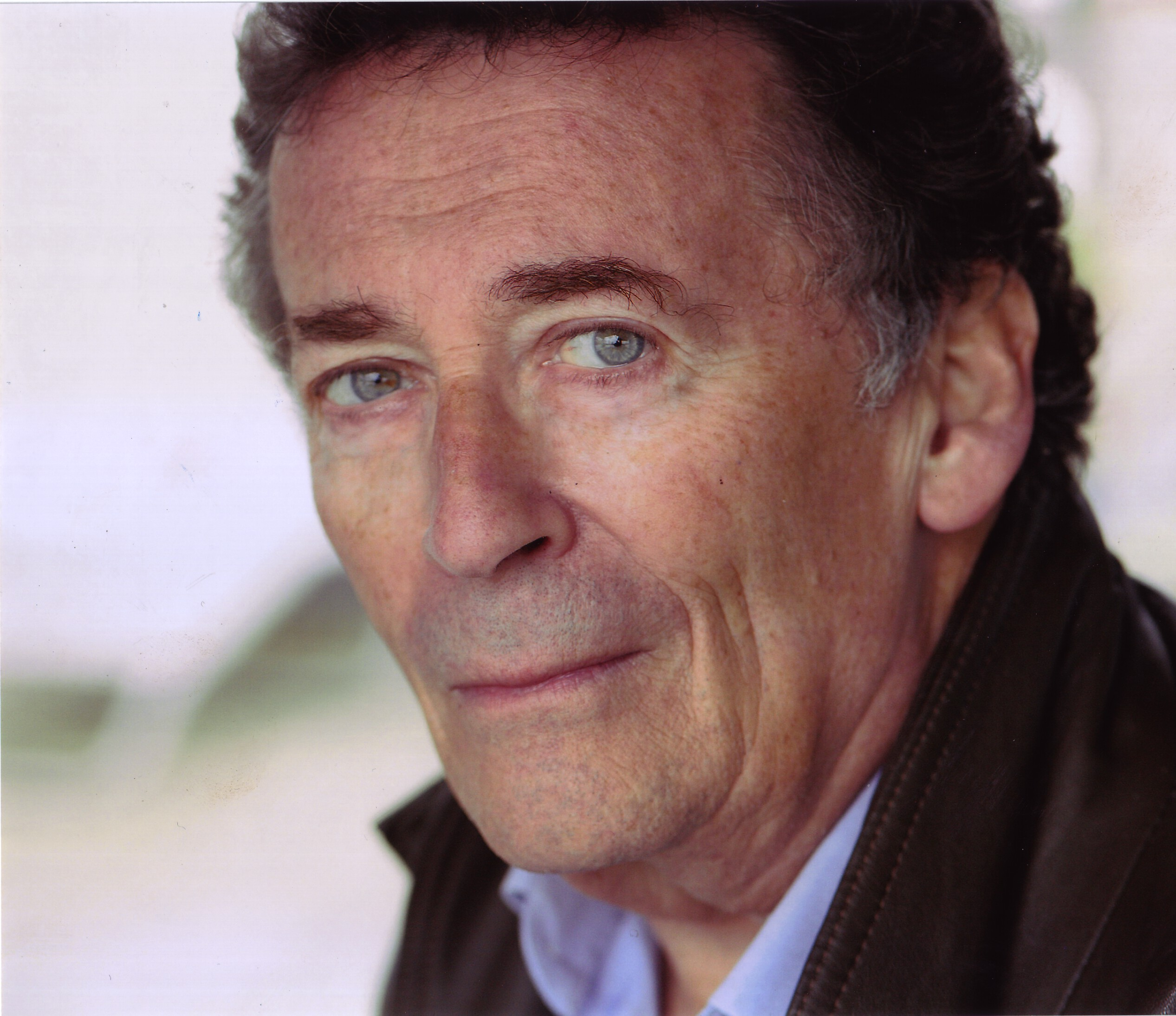 how tall is robert powell