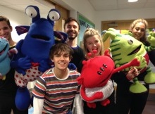Scott Jones, Alex James Ellison (front) Mark Collier, Abigail Carter-Simpson, Eve Pearson-Wright with the Aliens