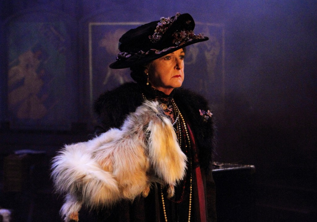 Penelope Keith in Mrs Pat. Image Catherine Ashmore