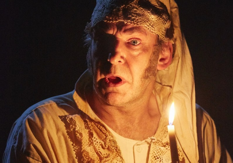 Martin Ball in A Christmas Carol. Images Mark Douet.