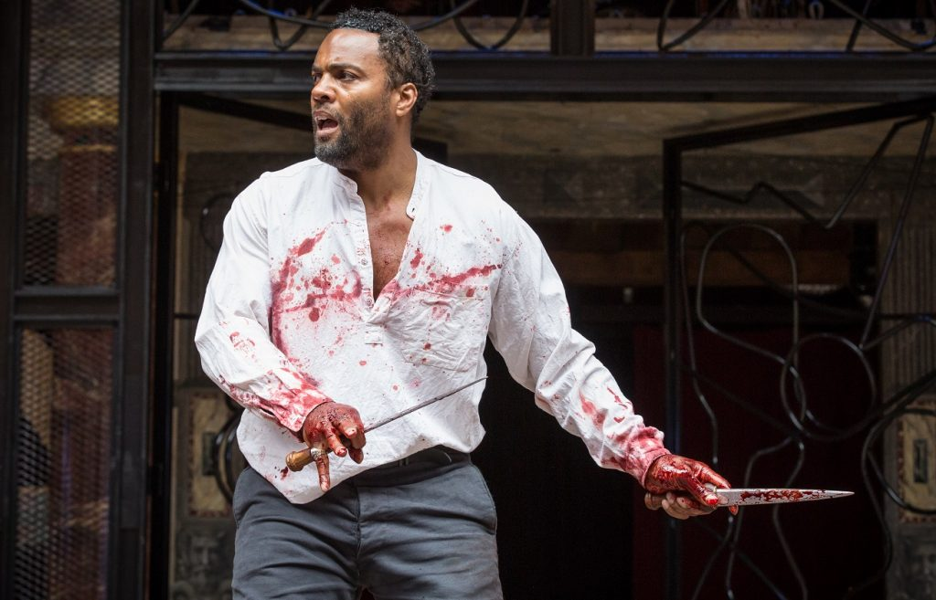 Ray Fearon as Macbeth