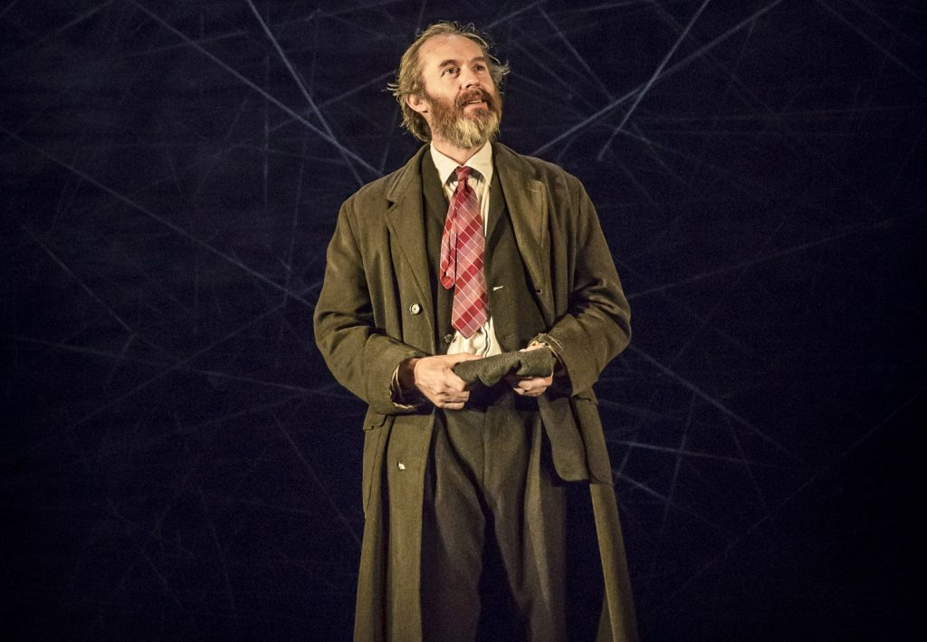 Stephen Dillane, Faith Healer. Images Johan Persson.