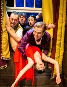 play that goes wrong 4