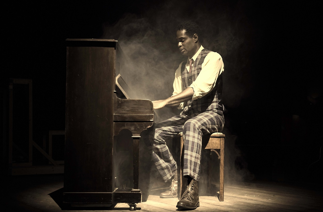 coalhouse walker ragtime In literature, one character can impact the entire story and all of its characters  such is the case with coalhouse walker jr in el doctrow's ragtime.