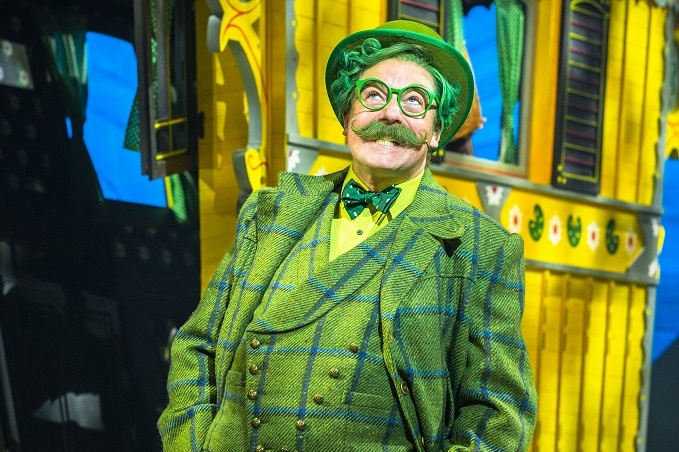 Rufus Hound in The Wind in the Willows. Images Marc Brenner.