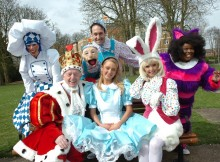 Steve Hewlett and the cast from Alice In Wonderland